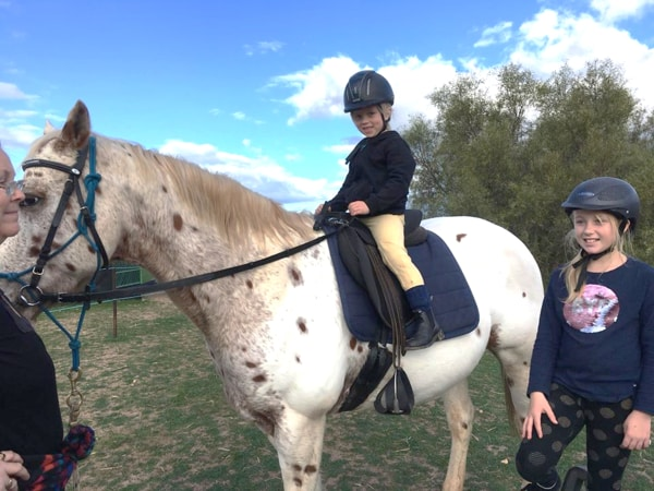 Alba View Equestrian Horse Riding Adelaide - Horse Mad Gang 2018-10